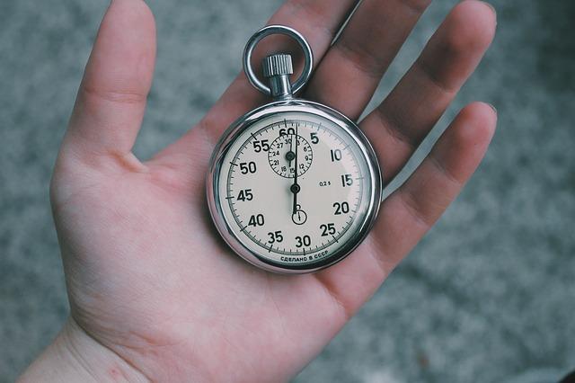 Regel Nr. 10: Wichtigste Regel in einer Krisensituation: 30 Sekunden nichts tun und tief durchatmen